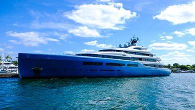 Luxury Yacht Fort Lauderdale, Fl - Copyright Geoff Bergey